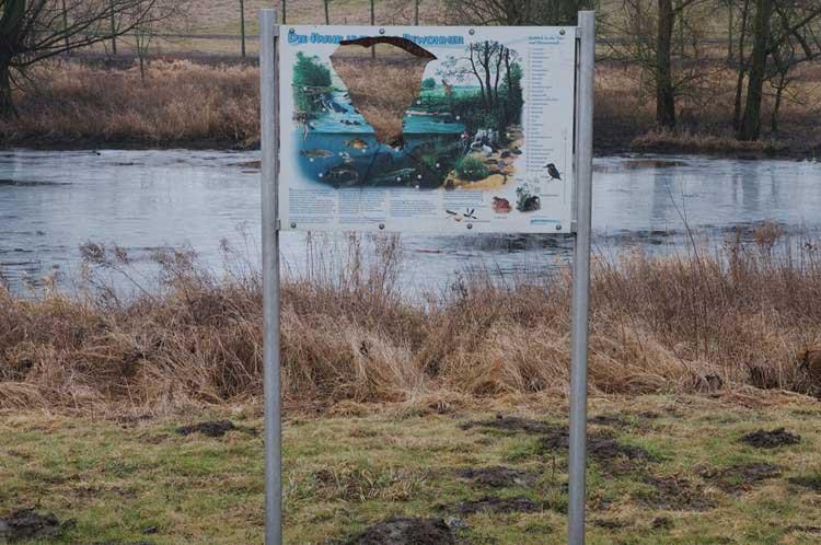 Vandalismus an der Ruhr in Fröndenberg am 26.02.2012 Foto: Karl Heinz Beck