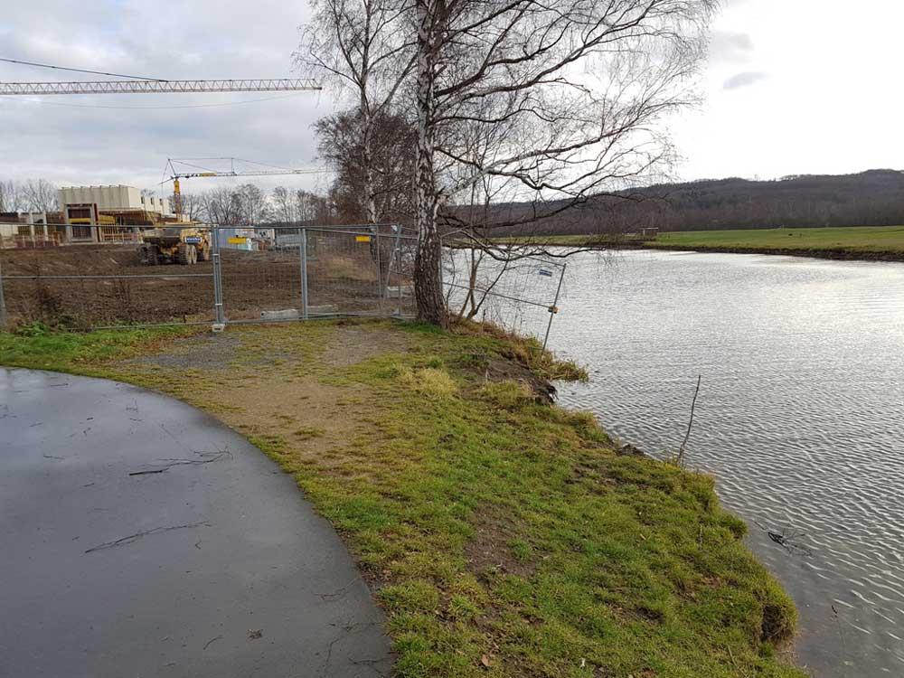 Ruhrufer, Baustelle nähe Röllingwiese, Schwerte, 20.12.2018 Foto: Hans Joachim Göbel